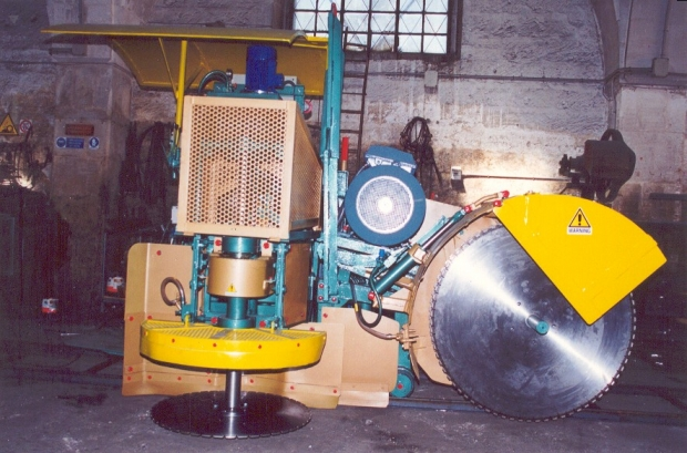Special diamond blades machine